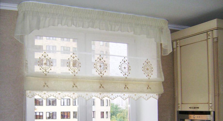 римские шторы с фестонами
